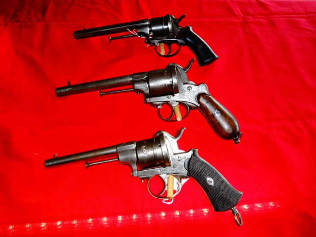 Antique gun 3